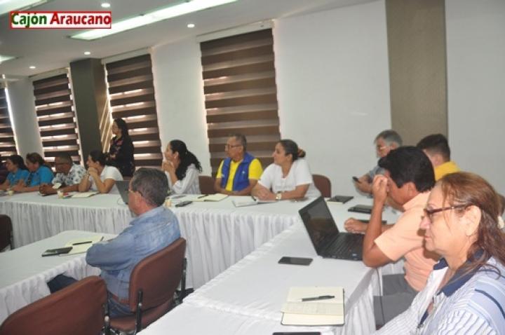 periodistas araucanos en capacitación de periodismo digital