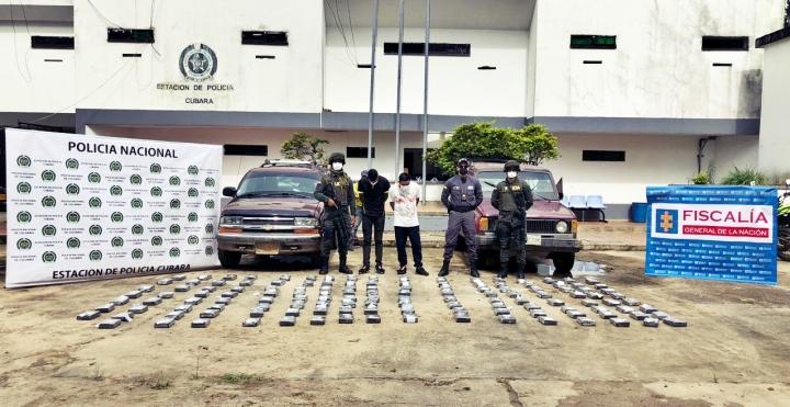 Dos hombres fueron capturados por la Policía Nacional.